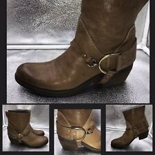 Vic Matie Sz 37 4 Western Style Tan Leather Ankle Boots