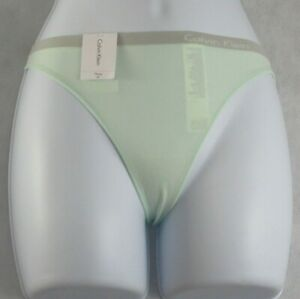 Calvin Klein Women's Pure Seamless Thong Panty Underwear, Mint Green, XS