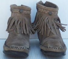 Women's Minnetonka #291T Gray High Top Back Zip Ankle Boot -- Size 6US
