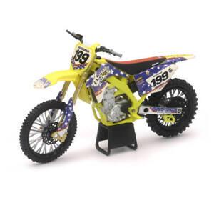 Nitro Circus Travis Pastrana Suzuki Motocross Dirt Bike 1:12 Scale New Ray 57993