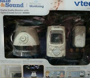 VTech Safe and Sound Digital Baby Monitor (DM251-102). Audio monitor w talk-back