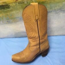 Frye Boots Size 8 1/2 Campus 1L12037 TAN