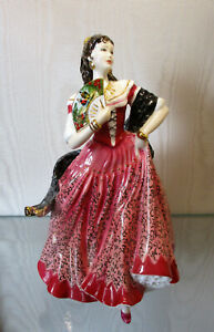 "Beautiful  ROYAL DOULTON Figurine   "" Carmen ""    23cm / 9 inches High"