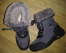 UGG Women's ADIRONDACK II Winter Waterproof Boots BLACK GRAY Size 7 MINT