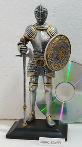 MEDIEVAL CRUSADER KNIGHT STATUE WITH SHIELD & AXE NEW
