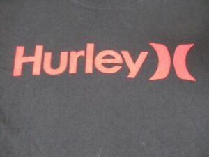 NWOT - HURLEY RED LETTER LOGO SURF GEAR- SMALL BLACK T-SHIRT - C1729