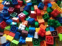 100 2X2  LEGO BRICKS MIXED COLOURS NEW