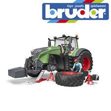 Bruder Fendt 1050 Vario Tractor & Mechanic & Garage Equipment Farm Kids Toy 1:16