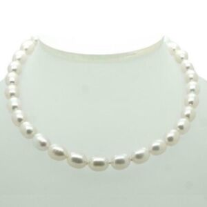 TIFFANY & CO. Sterling Silver Clasp Fresh Water Pearl Necklace 16in