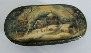Beautiful Vintage Russian Hand Painted Lacquer Box - Signed - Snow Scene