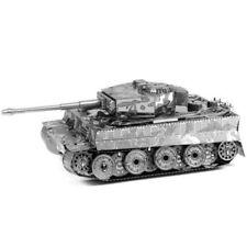 Maquettes et accessoires militaires