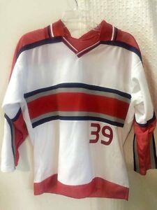Reebok Youth NHL Jersey Detroit Redwings Dominik Hasek White CCM sz L/XL