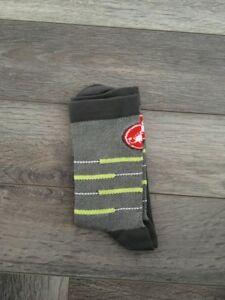 New Grey & Green Cycling Socks Size 7-13