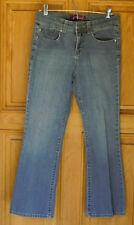 Gloria Vanderbilt Ladies Size 8P Classic Blue Jeans