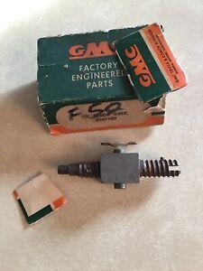 NOS 1955,1956,1957 GMC Truck 2 speed axle Shift Motor Screw  GMC part #2347180