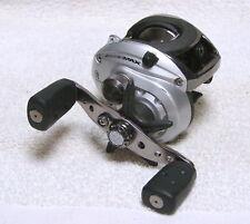 Abu Garcia Silver Max Smax2 Low Profile Baitcasting Reel
