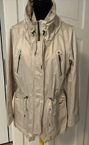 Milestone Damenjacke,Gr.42, super schick, neuwertig 2x getragen, beige