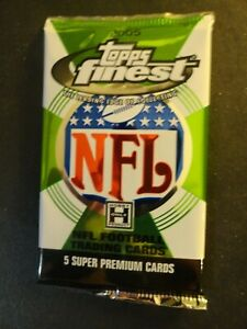2005 Topps Finest Football Unopened Hobby Pack from Box - Aaron Rodgers ??