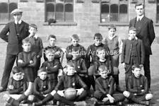 Ztr-36 Lythe School, Football Team, Whitby, Yorkshire. Photo