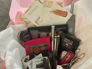 COSMETIC BEAUTY BUNDLE (Preowned PRODUCTS)