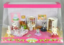 Calico Critters Store Display, Girl's Bedroom in Diorama CC90250 Very Rare