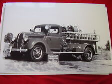 1938 FORD FIRETRUCK HOWE PUMPER   11 X 17  PHOTO /  PICTURE