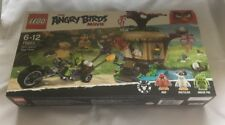 Lego The Angry Birds Bird Island Egg Heist Set 75823 From 2016 BNIB
