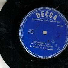 """jukebox 45 single BEVERLEY SISTERS STRAWBERRY PROMO 7 """""""