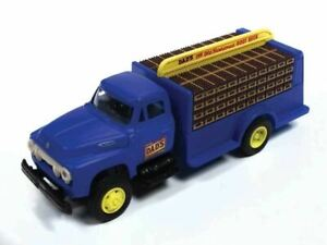 HO 1:87 Classic Metal # 30538 - '54 Ford Beverage Truck - Dad's Root Beer
