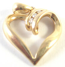 FINE JEWELRY 14K GOLD 2.0 GRAM PENDANT HEART WHITE ROUND DIAMONDS 0.06 CT GIFT