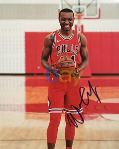 WENDELL CARTER JR Signed Autographed 8x10 Photo CHICAGO BULLS Duke reprint