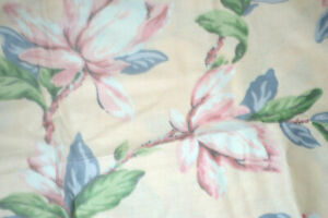 """Waverly Metropole Fabric Florals All That Jazz Mauve Blue Pink 3 1/3 yds x 23"""" w"""