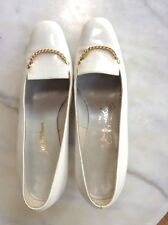 Original Vintage Roger Vivier Classic Cream Patent Leather with Gold Chain 8B