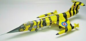 """Hobby master CF-104G, Canadian Armed Forces, 439 Sqn., """"Tiger Meet"""" 1972. HA1005"""