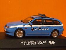 Alfa Romeo 156 SW policía italiana escala 1:43.