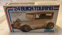 Vintage 1976 Aurora 24 Buick Touring 1:32 Scale Plastic Model Kit 624 Sealed NEW