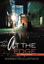Robyn Hunter Mysteries: At the Edge No. 9 by Norah McClintock (2013, Paperback)