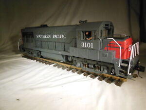 ART 22101 Aristocraft Southern Pacific U25 Airwire Battery power G scale