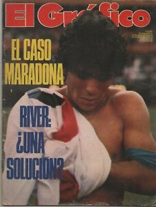 DIEGO MARADONA WITH RIVER PLATE SHIRT ULTRA RARE COVER EL GRAFICO MAGAZINE 1980