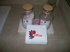 Hand towel - Embroidered Towels for Mom - Mothers day gift