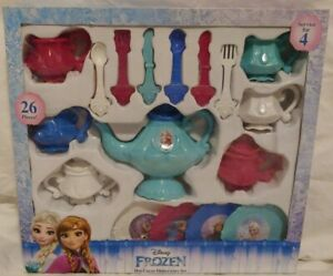 Disney Frozen Hot Cocoa Dinnerware Set 26 Pieces/Serves 4 98914