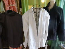 lot  T  3 homme chemise  blanche  rayures  ,pull gris+ gilet polaire