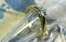 18CT GOLD DIAMOND SOLITAIRE RING. .50 POINTS // 1/2 CARAT.  SIZE L 1/2.
