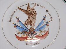 07D37 ANCIENNE ASSIETTE SOCIÉTÉ DES ANCIENS COMBATTANTS DE 1870 BERGUES  FLANDRE