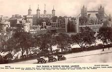 B90902 the tower and tower bridge car voiture london  uk