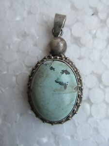 OLD STERLING SILVER TORQUISE GEMSTONE NECKLACE PENDANT - COTTON CHAIN GIFT ITEM
