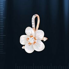 Russian solid rose gold 585 /14k Mother of pearl flower pendant NWT.