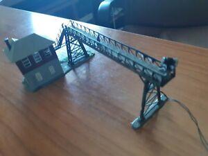 Puente Enclavamiento Pola con iluminacion