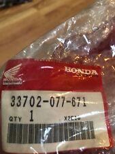 Honda SL350 NOS Taillight Lens   33702-077-671