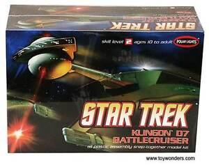 2009 discontinued POLAR LIGHTS 806 1/1000 Star Trek Klingon D7 Battle Cruiser